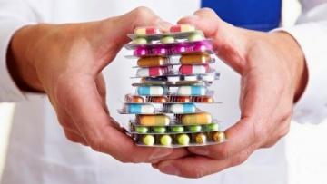 Discrepancias de medicación en Servicios de Urgencias españoles @red_faster @sefh_